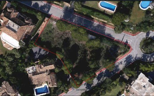 Erstklassiges Grundstück in Urb. Sierra Blanca in Marballa mit Meerblick zum Verkauf