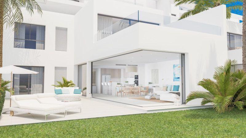 ARFTH124 - 12 moderne Neubau-Reihenhäuser zu verkaufen in Urb. Finca Cortesin bei Casares