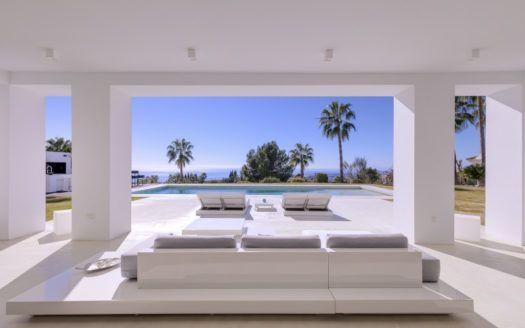 ARFV2076 - Moderne Villa zu verkaufen in der Sierra Blanca in Marbellas Goldener Meile