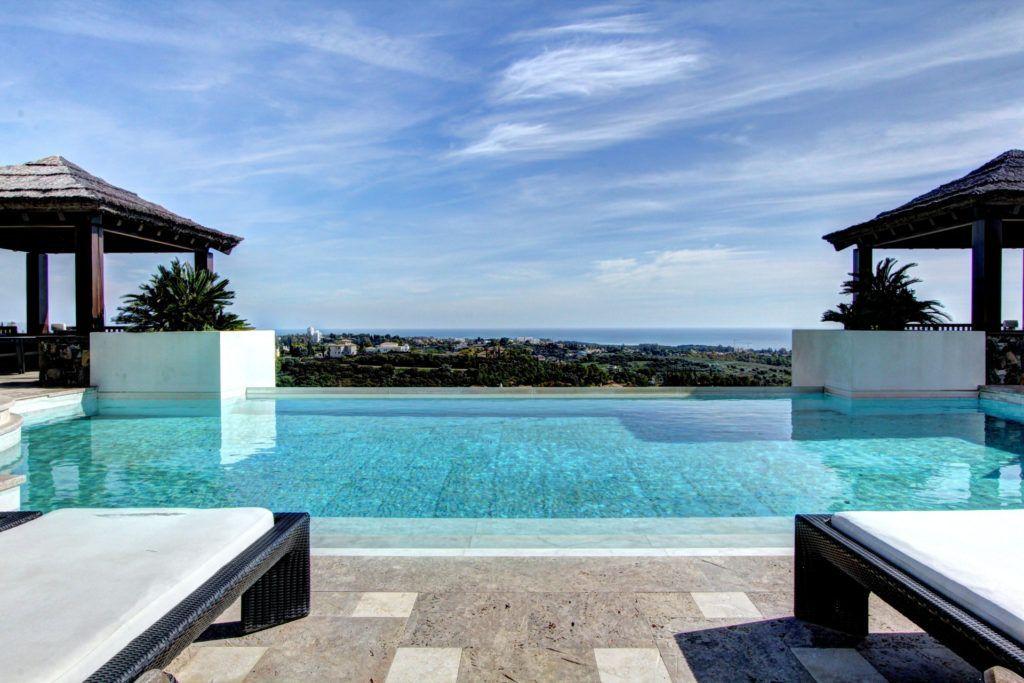 ARFV2036 - Beeindruckende Villa mit Panoramablick in Los Flamingos in Benahavis