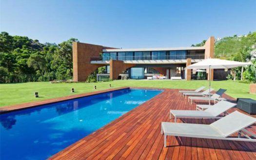 ARFV1654 - Moderne Villa zum Verkauf in La Reserva de Alcuzcuz in Benahavis