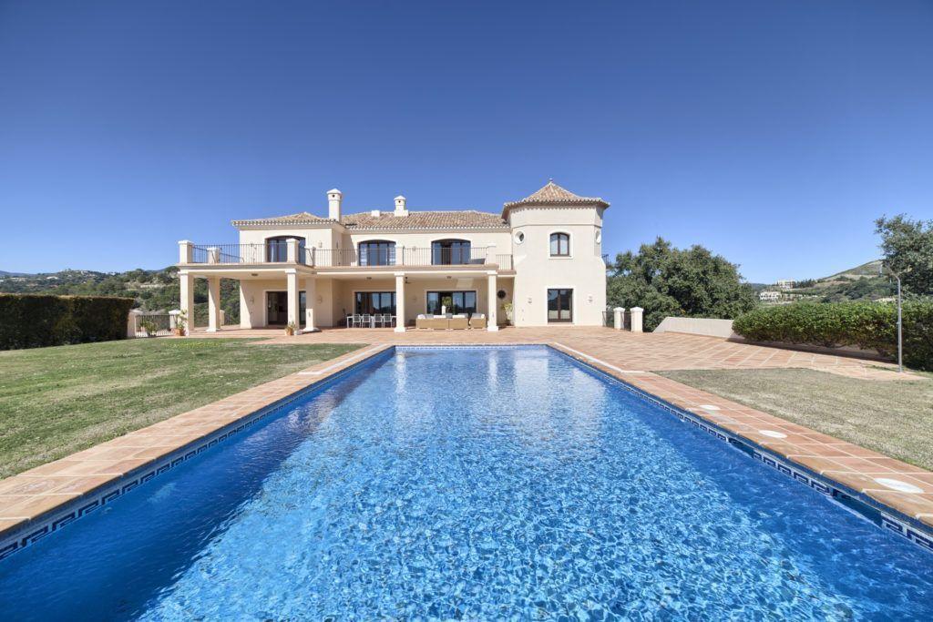 ARFV1796-110 - Grosse Villa zu verkaufen im Marbella Club Golf Resort  in Benahavis