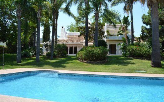 ARFV1839 - Fantastische Villa zum Verkauf in Rio Real in Marbella