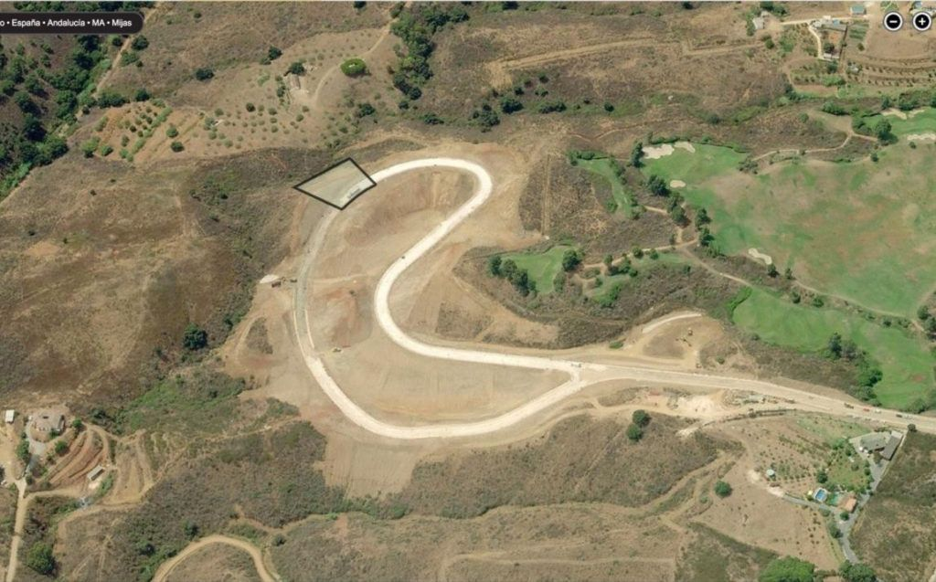10 Baugrundstücke für Villen in La Cala Golf in Mijas Costa zum Verkauf