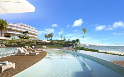 ARFA1176 - Luxus Penthäuser und Wohnungen direkt am Strand von Estepona zu verkaufen