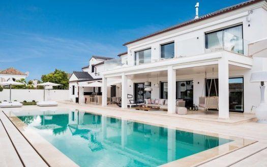ARFV1999 - Villa zum Verkauf in Strandurbanisation an der Goldenen Meile in Marbella