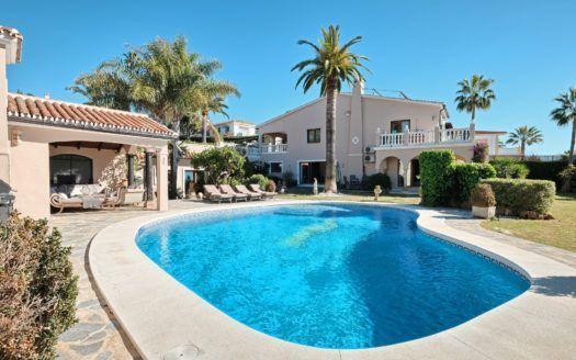 ARFV2059-271 - Villa mit Meerblick zum Verkauf in Elviria in Marbella