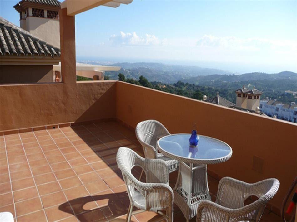 ARFA997 - Schönes Penthouse zum Verkauf in La Mairena in Ojen mit wunderbarer Meersicht