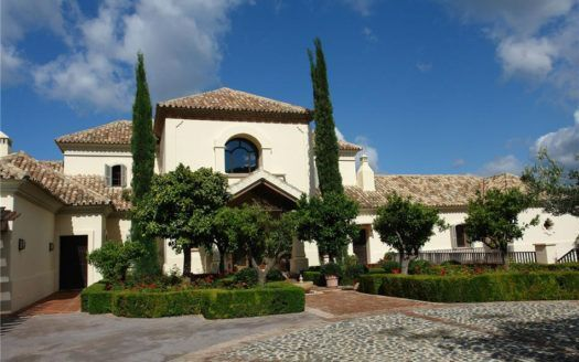 ARFV1284 - Exklusive Villa zum Verkauf in La Zagaleta in Benahavis