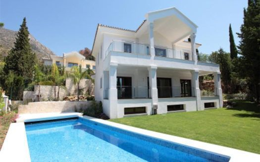 ARFV1538 - Designervilla zum Verkauf in Cascada de Camojan in Marbella mit Meerblick