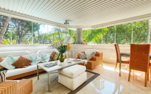 ARFA1326-282 - Luxuriöse Wohnung nahe Strand in Marbella Goldene Meile zu verkaufen