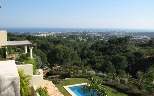 ARFA1302 - Grandioses Penthouse mit Blick auf das Meer und die Berge