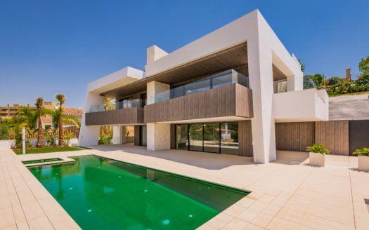 ARFV1733 - Neubau-Villa zu verkaufen in Nueva Andalucia