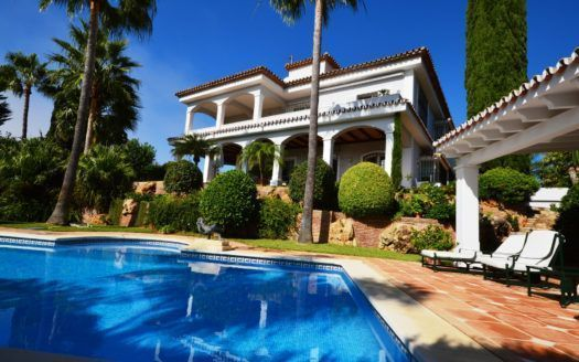 ARFV1948 - Erstklassige Villa in Strandlage zum Verkauf in Bahia de Marbella in Marbella Ost