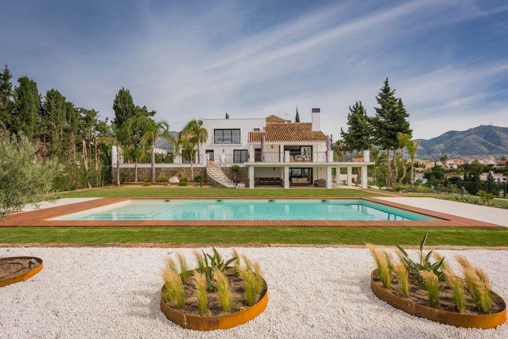 ARFV2058 - Elegante Villa mit Panoramablick zum Verkauf in Campo Mijas in Mijas