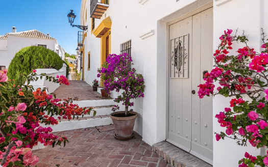 ARFTH161 - Schönes Stadthaus zum Verkauf in Las Lomas de Marbella Club Pueblo in Marbella