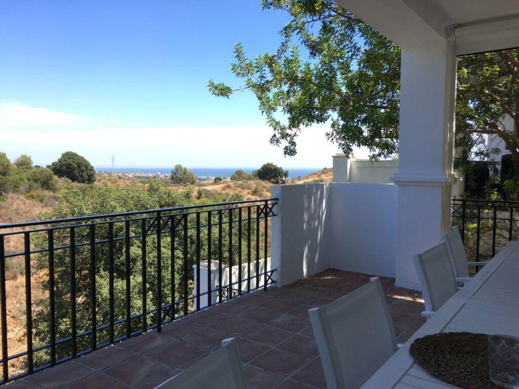 ARFA1410 - Schöne Duplex Wohnung mit Meerblick zum Verkauf in Los Altos de Los Monteros in Marbella