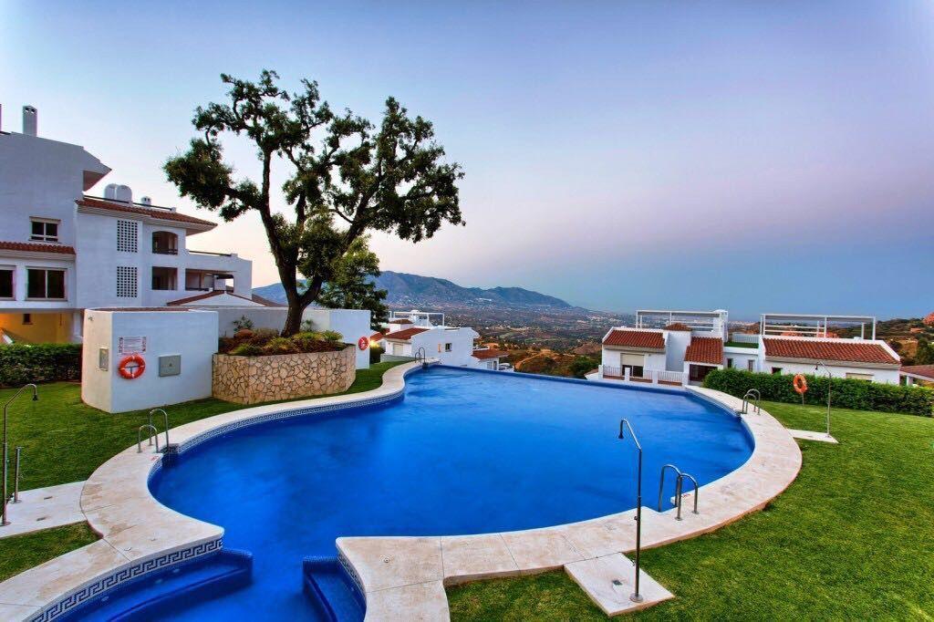 ARFA1417 - Wohnung mit umwerfenden Panoramablick und Privatgarten zum Verkauf in La Mairena