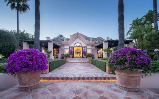 V2190 Das ist nicht die typische Sierra-Blanca-Mansion...