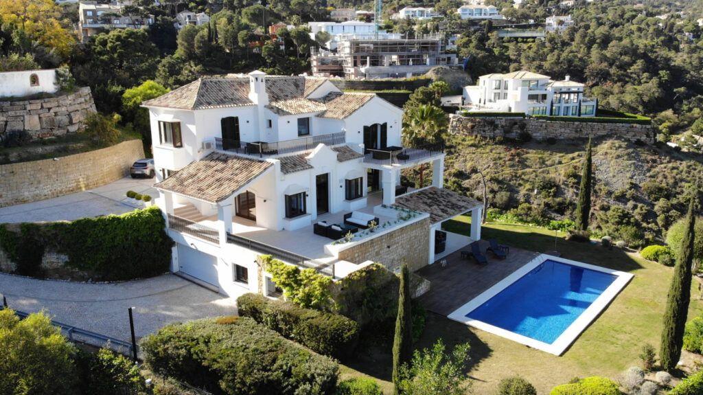 ARFV2187 Spektakuläre Luxusvilla in der Urb. El Madroñal in Benhavis