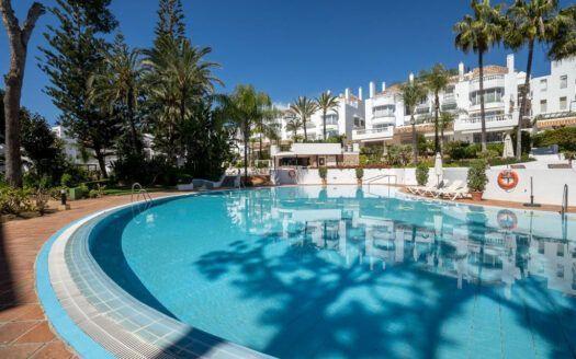 ARFA1437 - Wohnung direkt am Strand zum Verkauf in Elviria in Marbella