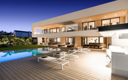 ARFV2197 Brandneue moderne Golfvilla in erster Reihe mit Meerblick in La Alqueria