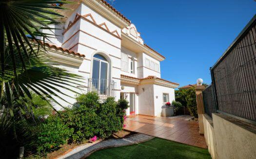 ARFV2208-372 Schöne und gemütliche Villa in Riviera del Sol