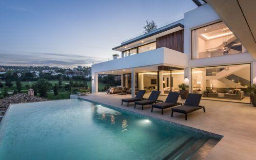 ARFV2224 - Zeitgenössische Villa zum Verkauf in La Alqueria Benahavis